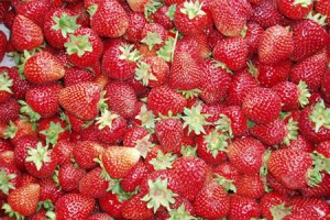 https://gardenopolis.wordpress.com/2008/06/27/no-pectin-strawberry-rhubarb-jam/